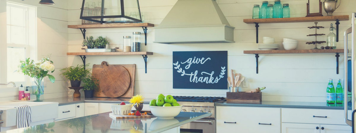 5 Must-Haves For A Farmhouse Kitchen