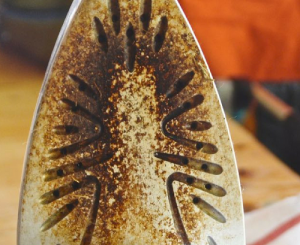 Burnt Iron Sole Plate