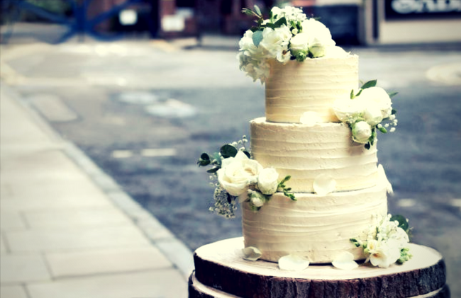 How to Make Your Very Own Royal Wedding Cake