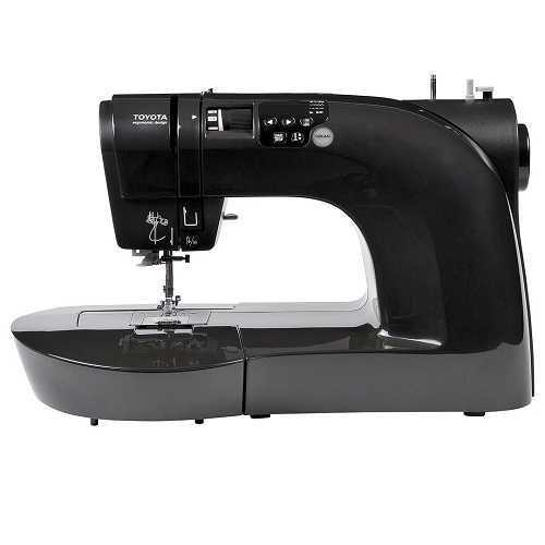 Toyota Oekaki Renaissance Sewing Machine