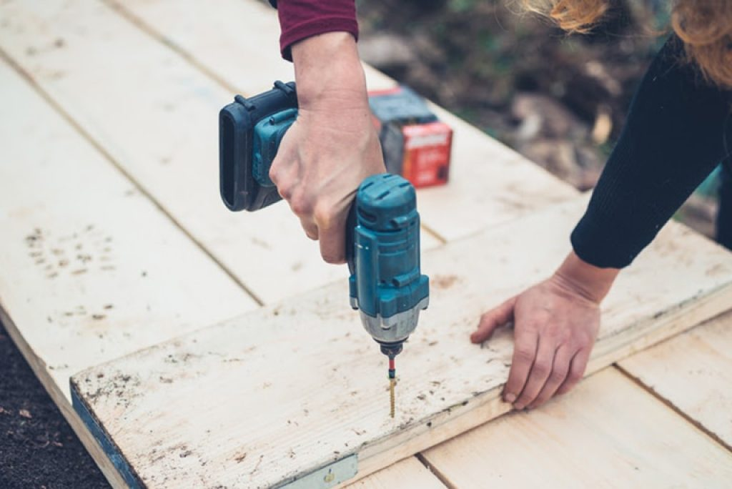 WHEN TO USE AN IMPACT DRIVER