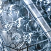 Dishwasher Buying Guide - Crystal glass in the dishwasher