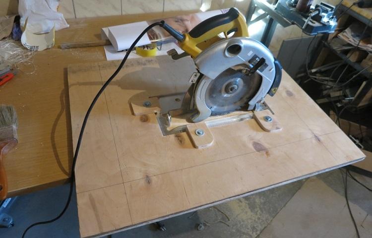 mounted circular saw