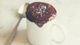 1 Minute Microwave Brownie Mug Cake