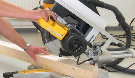Best Mitre Saw 2020 – Buyer's Guide